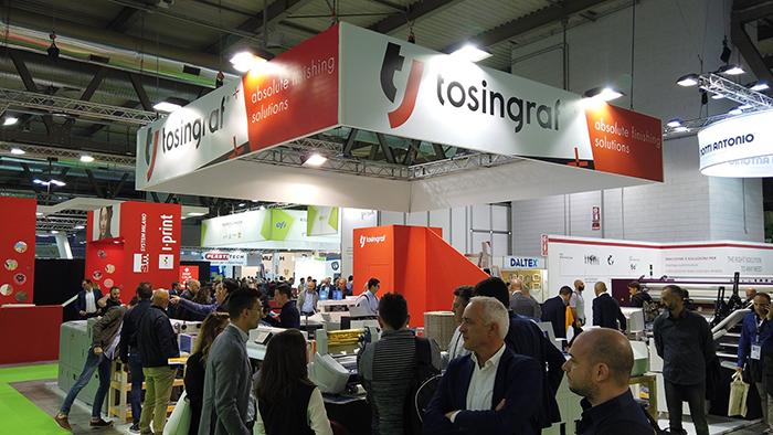 【Caso de cooperación con el distribuidor】 Tosingraf. Italia